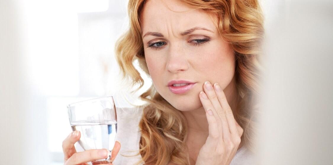 Sensibilidade nos dentes: como cuidar e prevenir esse desconforto