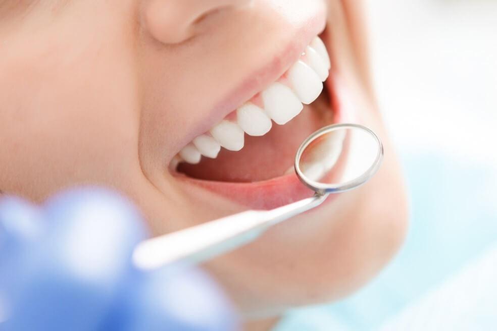 Conheça as principais ameaças à sua saúde bucal